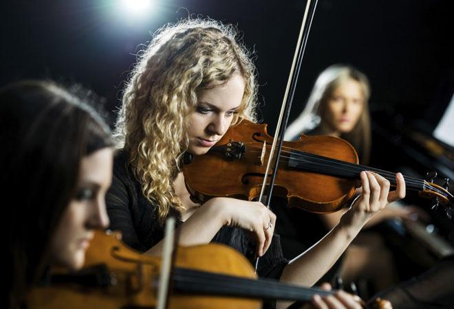 Девушки-скрипачки фото