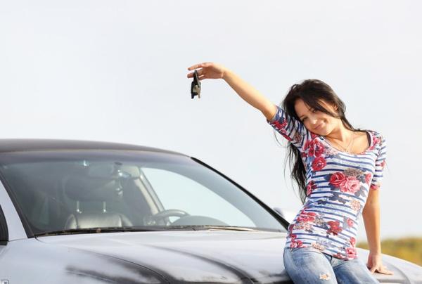 Женщине научиться водить машину