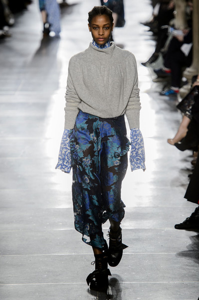 Самые красивые образы Недели моды в Лондоне | галерея [1] фото [30]