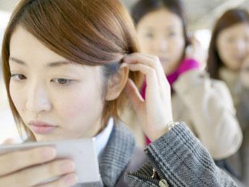 Чтобы узнать температуру тела, японцу достаточно посмотреться в зеркало