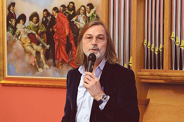 Выставка Никаса Сафронова в Калуге
