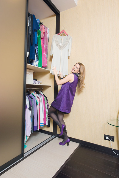 «Юрка не любит, когда я надеваю короткие платья. Ревнует»