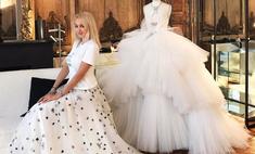 Рудковская продает билет на девичник в честь венчания с мужем