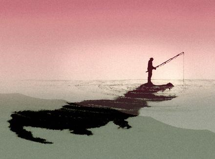 Человек ловит рыбу, стоя на крокодиле