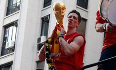 «Челси» купил Фернандо Торреса за рекордную для английского футбола сумму 50 млн фунтов