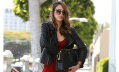 Как одеваться стильно: 10 модных правил Джессики Альбы