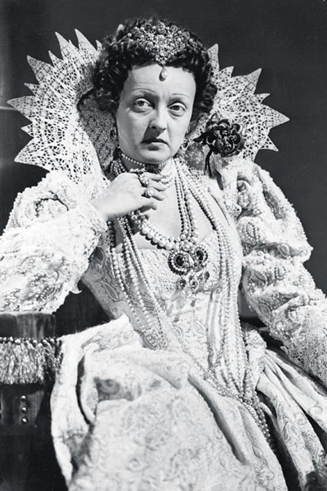 Бетт Дэвис в роли королевы Елизаветы, 1939 год