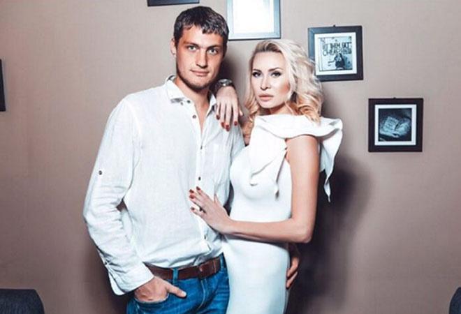 Элина Камирен и Александр Задойнов покинули «Дом-2»