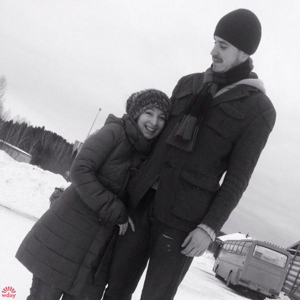 Леся Гусева с женихом