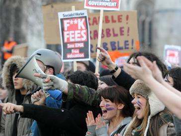 студент, протест, акция, беспорядки, Великобритания