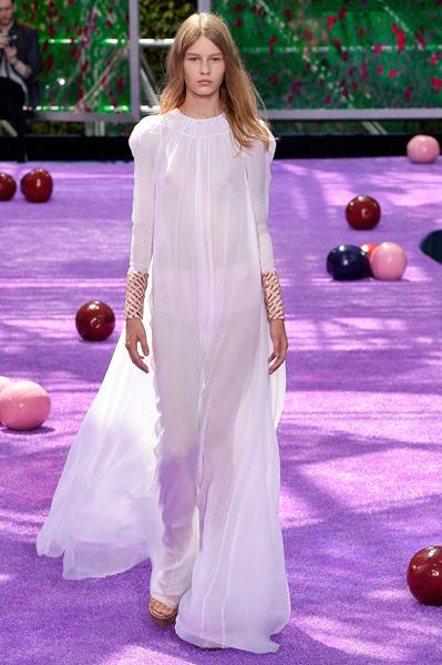 София Мечетнер на показе Dior Couture осень-зима 2015/16