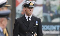 Принц Уильям пойдет к алтарю в военной форме