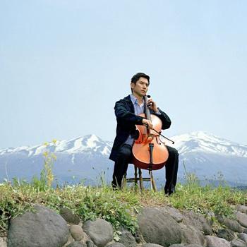 Жизнь непредсказуемая штука - Дайго был музыкантом, а стал сотрудником бюро ритуальных услуг.
