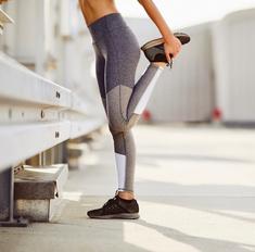 Как накачать попу без приседаний: 7 крутых упражнений для ленивых