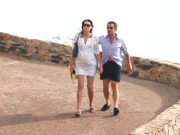 Карла Бруни, Николя Саркози, беременность, роды