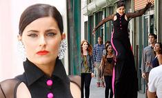 Нелли Фуртадо встала на ходули на съемках клипа