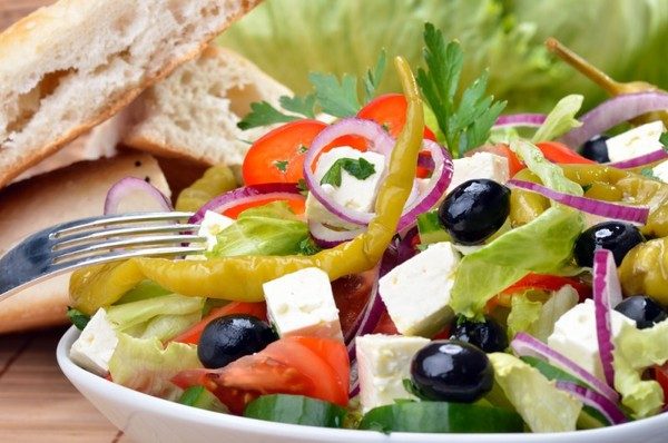 Рецепт салата с брынзой