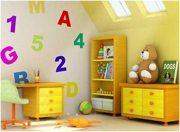 Желтый интерьер в детской комнате