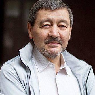 Петр Образцов