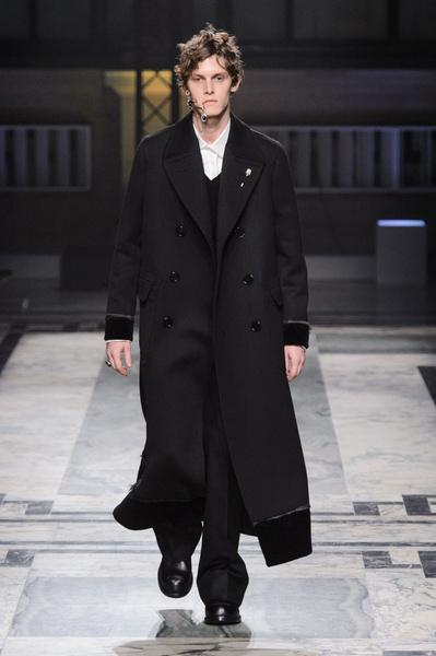 Неделя мужской моды в Лондоне: главные показы   галерея [1] фото [13]