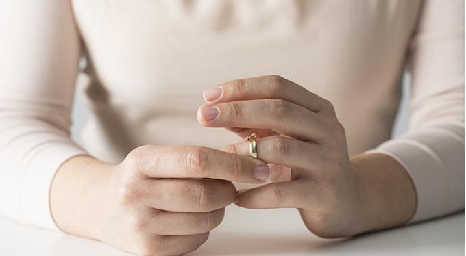 Ланком лучшее зрелая женщина изменяет мужу брюнетку развели