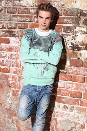 Даниил Вахрушев, актер, фото