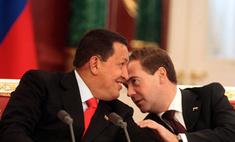 Чавес подарил Медведеву шоколадку