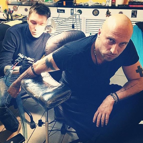 Дмитрий Нагиев татуировка фото