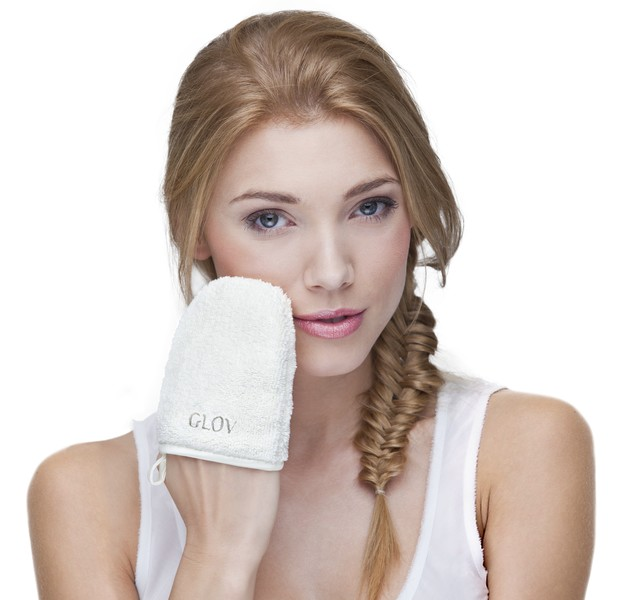 Glov, рукавичка для снятия макияжа только водой