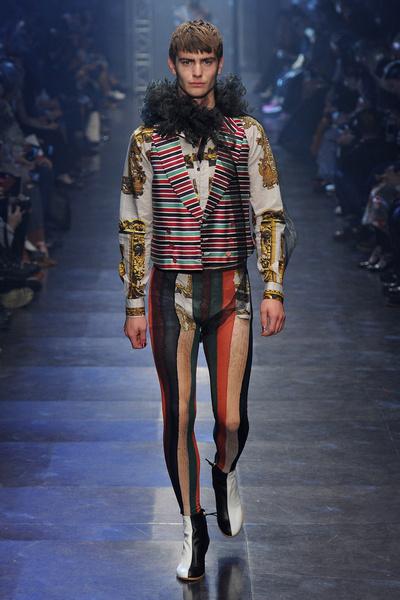 Неделя моды в Париже: день пятый   галерея [3] фото [6]