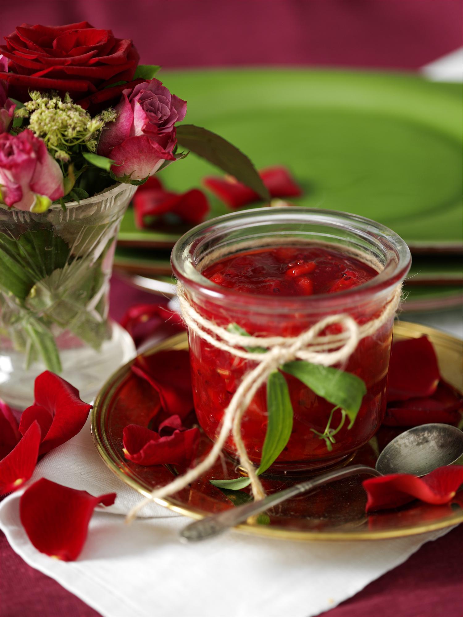 Как сделать варенье из роз рецепт
