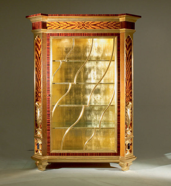 Витрина из коллекции Marie-Helene
