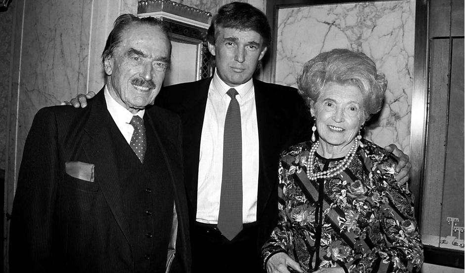 Дональд Трамп с отцом и матерью