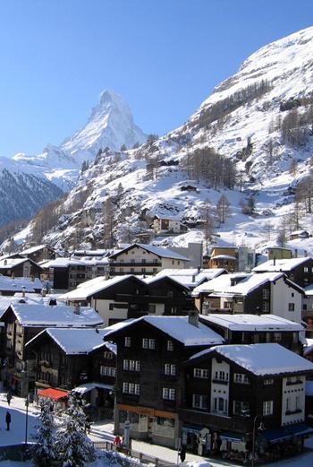 Зимняя Швейцария – это прежде всего горнолыжный отдых. И сосредоточие самых модных и дорогих в мире курортов.