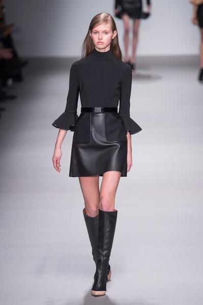 Неделя моды в Лондоне: 22 февраля   галерея [1] фото [12]