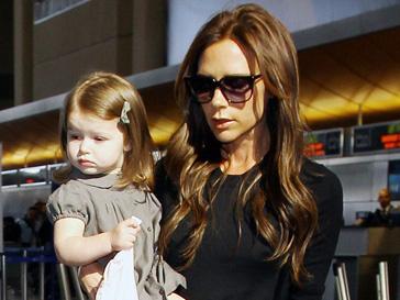 Виктория Бекхэм (Victoria Beckham) с дочкой Харпер Севен (Harper Seven)