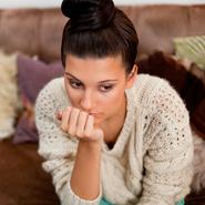 Стоит ли переживать, если партнер общается с бывшей?