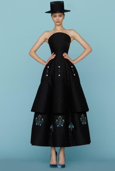 Ульяна Сергеенко представила новую коллекцию на Неделе высокой моды в Париже | галерея [1] фото [24]