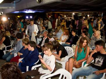 Поддержать режиссеров короткометражных фильмов пришли многие гости фестиваля