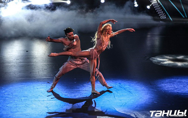 Танцы без правил, Алиса Доценко