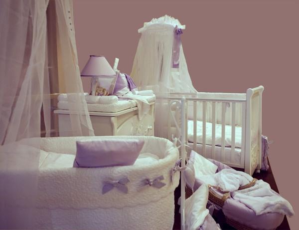 Как повесить балдахин на кровать