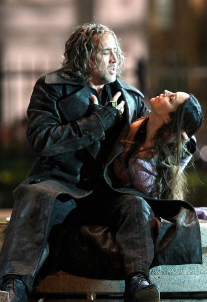 Моника Белуччи и Николас Кейдж на съемках «The Sorcerer's Apprentice»