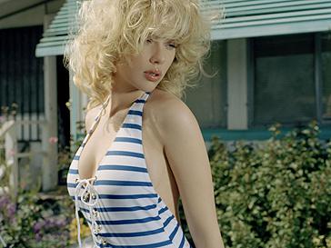 Скарлетт Йоханссон (Scarlett Johansson) встречается с Джастином Лонгом (Justin Long)