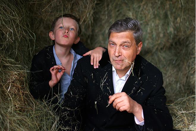Александр Невзоров: биография, личная жизнь, фото с женой и сыном, лекции Искусство оскорблять в музее Эрарта