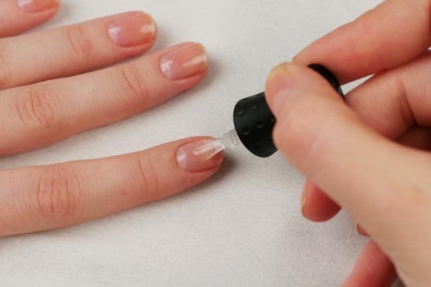 Как в домашних условиях сделать гелевые ногти