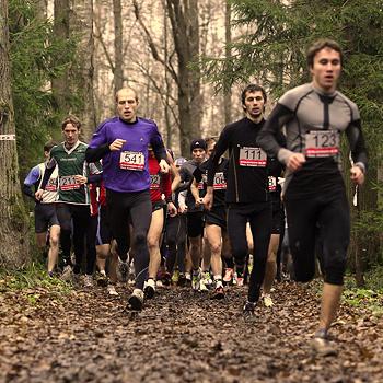 Более четырехсот человек собрались в Битцевском парке, чтобы попробовать свои силы в новом виде спорта.