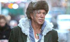 Микки Рурк опозорился на улицах Нью-Йорка