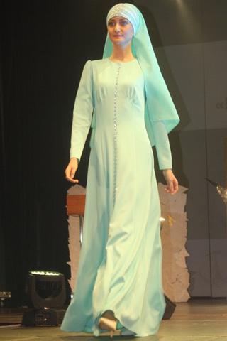 Мусульманские платья: Фестиваль модной национальной одежды в Казани 2015