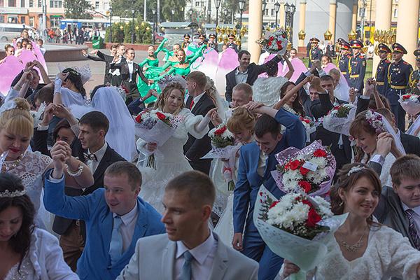 Новокузнецк, 100 пар