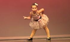 6-летняя танцовщица стала звездой интернета